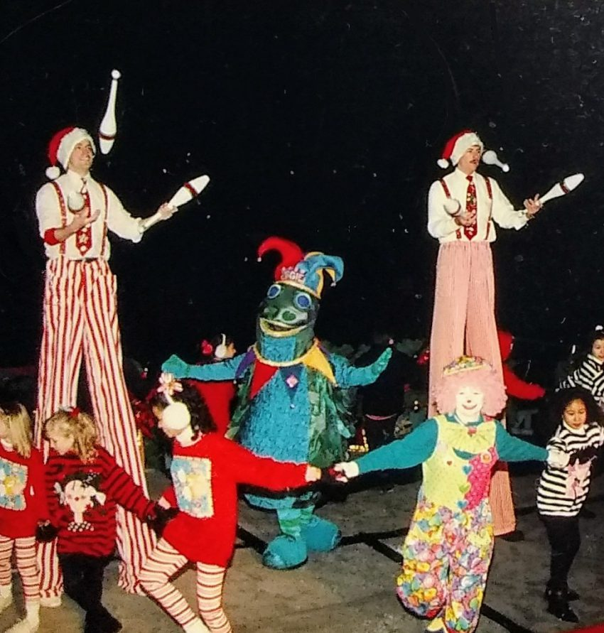 7_Cirque-de-Santa-City-of-Chicago_Special Event-color